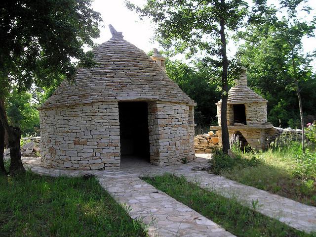 kažun, kamnita gradnja, kamnita hiška, arhitekt, naravna gradnja, gradnja z naravnimi materiali