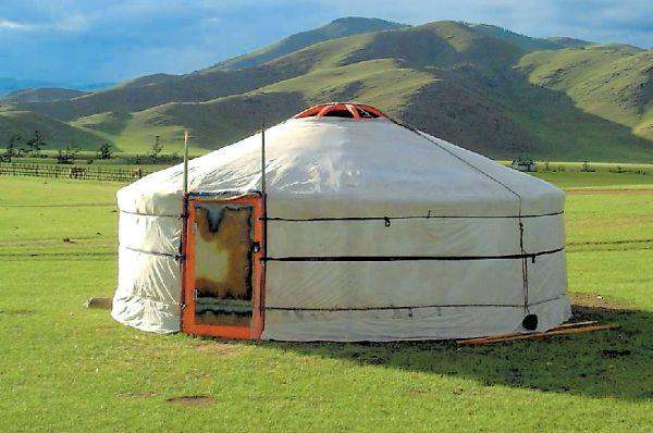 jurta, mongolska jurta, mala bivalna enota, naravno bivališče, naravna gradnja, gradnja z naravnimi materiali