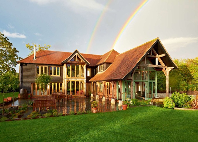 lesena hiša, družinska lesena hiša, naravna hiša, naravna gradnja, gradnja z naravnimi materiali