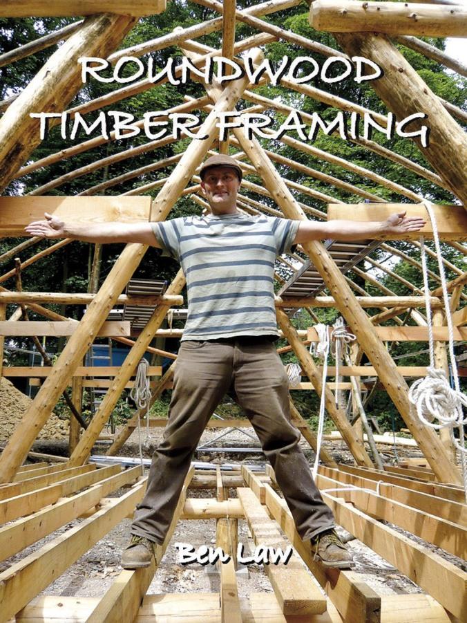 lesena konstrukcija, lesena hiša, okrogla bruna,, lesena gradnja, naravna gradnja, gradnja z naravnimi materiali
