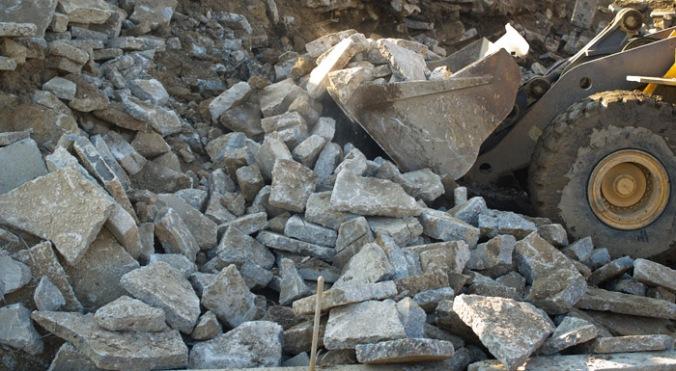 beton, kosi betona, ponovna uporaba, gradnja, naravna gradnja, gradnja z naravnimi materiali