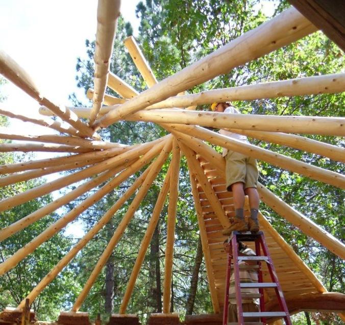 recipročna streha, lesena streha, lesena konstrukcija, projekt, naravna gradnja, gradnja z naravnimi materiali
