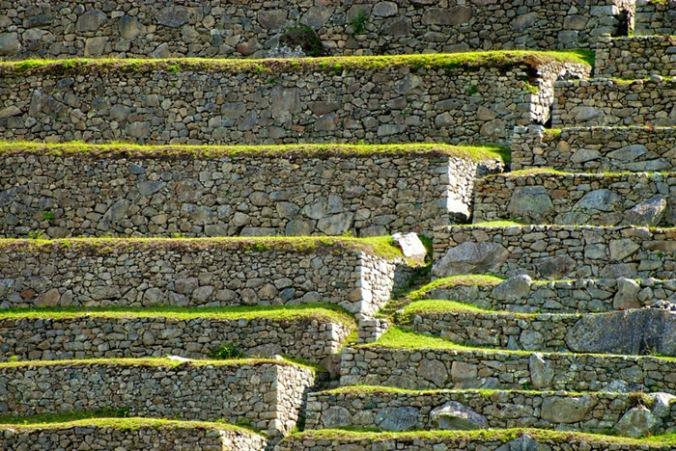 kamniti zid, suhozid, kamen, naravni materiali, naravna gradnja, gradnja z naravnimi materiali