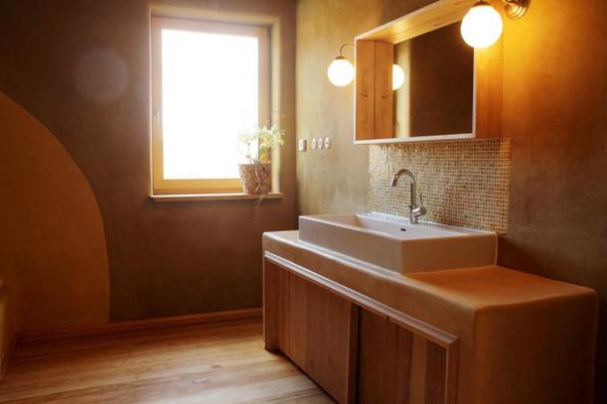 tadelakt, kopalnica, naravni materiali, naravna gradnja, naravna koplanica