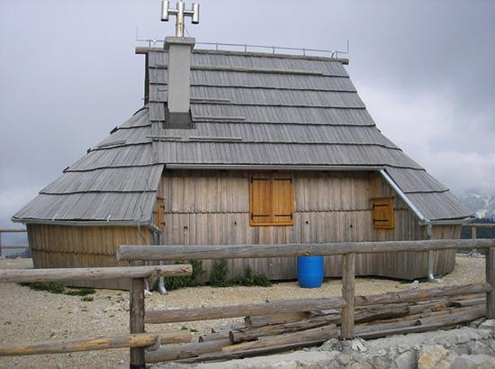 lesena gradnja, hiša iz lesa, naravna hiša, arhitekt, naravna gradnja