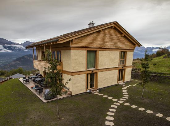 hiša iz slamnatih bal, hiša iz slame, naravna hiša, arhitekt, naravna gradnja