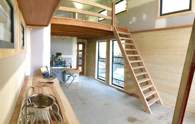 hiša iz konoplje, hiša iz konoplje interier, hiša iz konoplje oprema, konopljina hiša, naravna gradnja, lesena hiša, konoplja, arhitekt naravna gradnja, arhitekt hiša iz konoplje, gradnja z naravnimi materiali